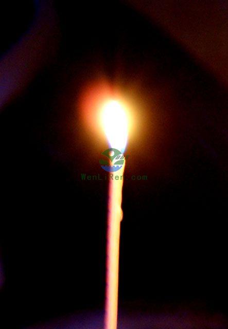愿烛光能照亮孩子回家的路 精彩贴图 Powered by WenLiRen